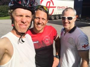 Philip Askeroth och Tobias Westman ska båda köra båda distanserna på rullskid-SM i Borås i helgen. Själv nöjer jag mig med skejten på lördagen, då jag har besök av en kompis från USA i helgen.
