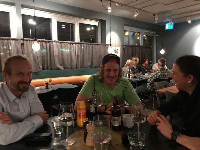 Trevlig middag på hotellet med Magnus Nygren, David Holmström och Maria Rydqvist. Bra och intensiv diskussion om bland genusaspekten i skidåkningen, samt om hur det är att bo i Älvdalen. Övriga deltagare sov hemma där de bor i Stockholm.