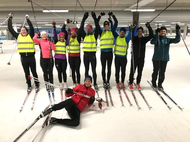 Teknikträning Skidome. Instruktör. Skidlektion skidhallen Göteborg.
