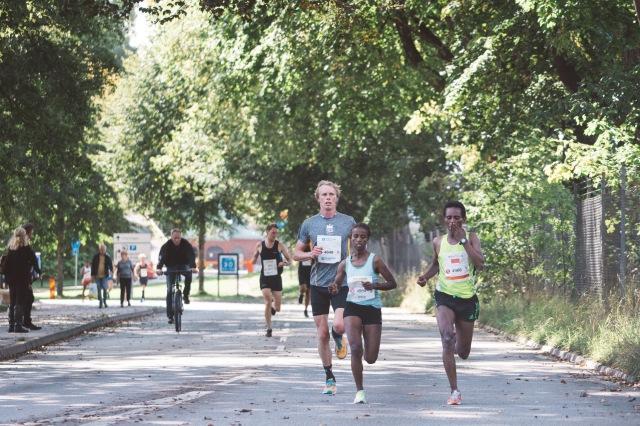 Kretsloppet 2017 efter ca 3 km. Bakom mig syns John Kumlin. Foto: Love Ljungström.