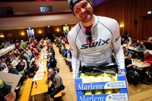 """Toblach-Cortina 2017. Øystein """"Pølsa"""" Pettersen valde att inte spurta mot sin lagkompis Morten Eide Pedersen om tredjeplatsen. Riktigt snyggt gjort! Foto: Magnus Östh."""