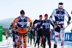 Ylläs-Levi 2017. Petter Eliassen till vänster, innan han stack ifrån klungan och vann solo. Foto: Magnus Östh.