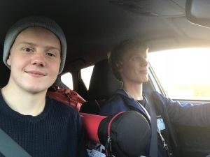Love Ljungström (som fotograf) och jag på väg hem från Växjö i måndags
