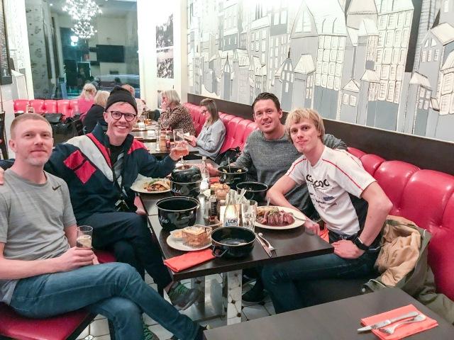 Middag med Niklas Johansson, Bingo Rimér och Jonas Colting i lördags efter lägret