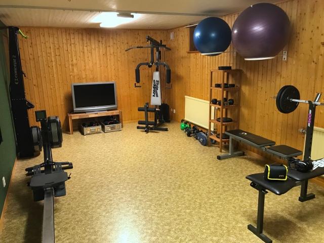 Atletklubb (träningsrummet) i nya huset i Sjömarken