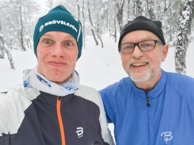 Min snälle far Ulf Wickström följde med på lägret i Grövelsjön. Han experimenterade en massa med sin egenbyggda termometer och satt ofta djupt försjunken i exceldiagram på rummet.