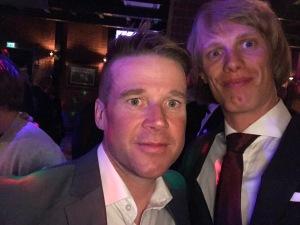 Hans Mäenpää och jag på byn i Levi efter Visma Ski Classics-banketten 15 april 2018