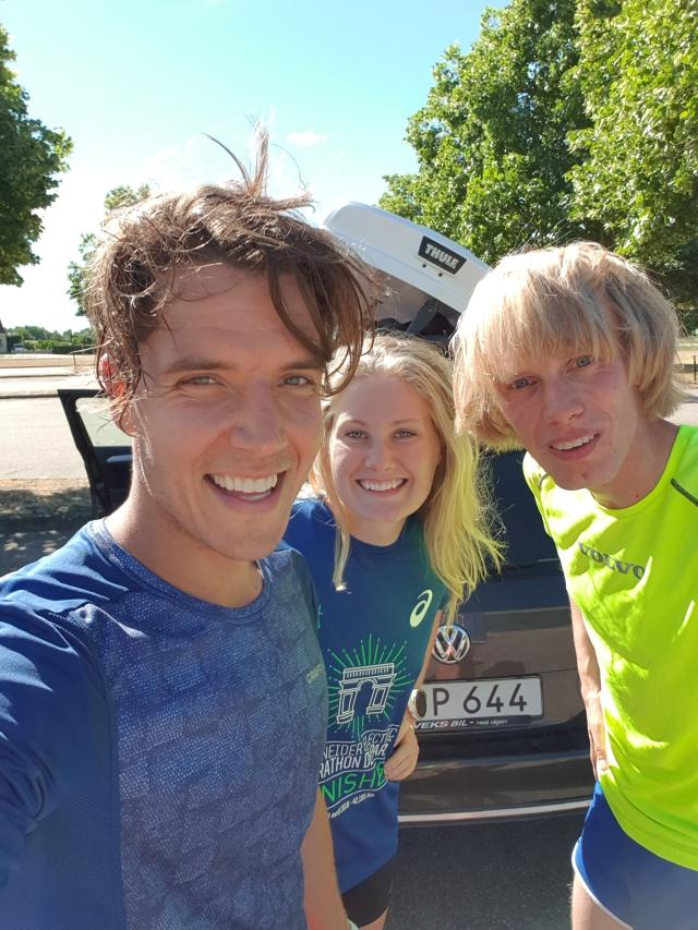 Rickard Bergengren, Marika Sundin och jag efter avslutat pass i Hästens vatten-backen på Hallandsåsen
