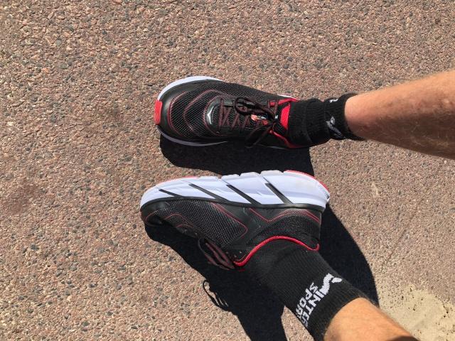 Sprang för första gången i mina nya Hoka One One Napali. Kändes bra. Storlek 46, vilket är 1,5 storlek för stort. Kan behövas då fötterna blir större i ultralopp.