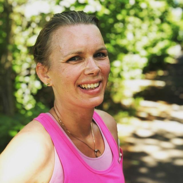 Ellen Lindell sprang Stockholm marathon i år. Det är andra gången min syster kutade så långt.