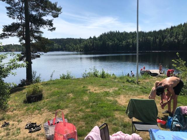 Idas föräldrars stuga vid sjön Såken i Aplared