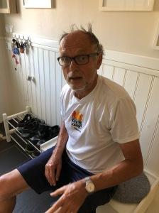 Min far Ulf Wickström efter cykelturen. Pigg 71-åring som mest spelar tennis som sportande.