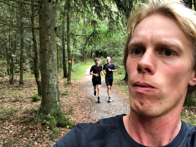 Martin Damm och Simon Grenlöv på Skryllegårdens milspår