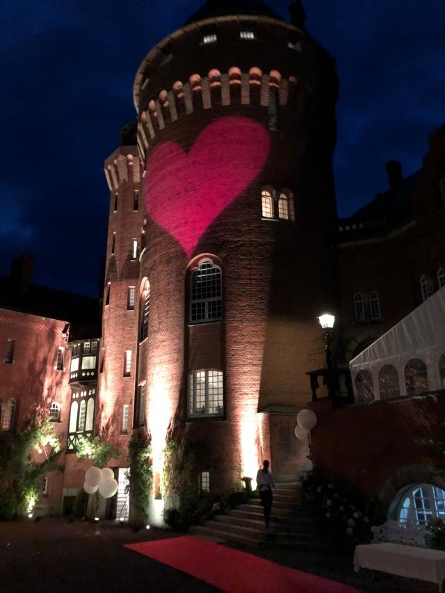 Hjärta som projicerades mot slottet