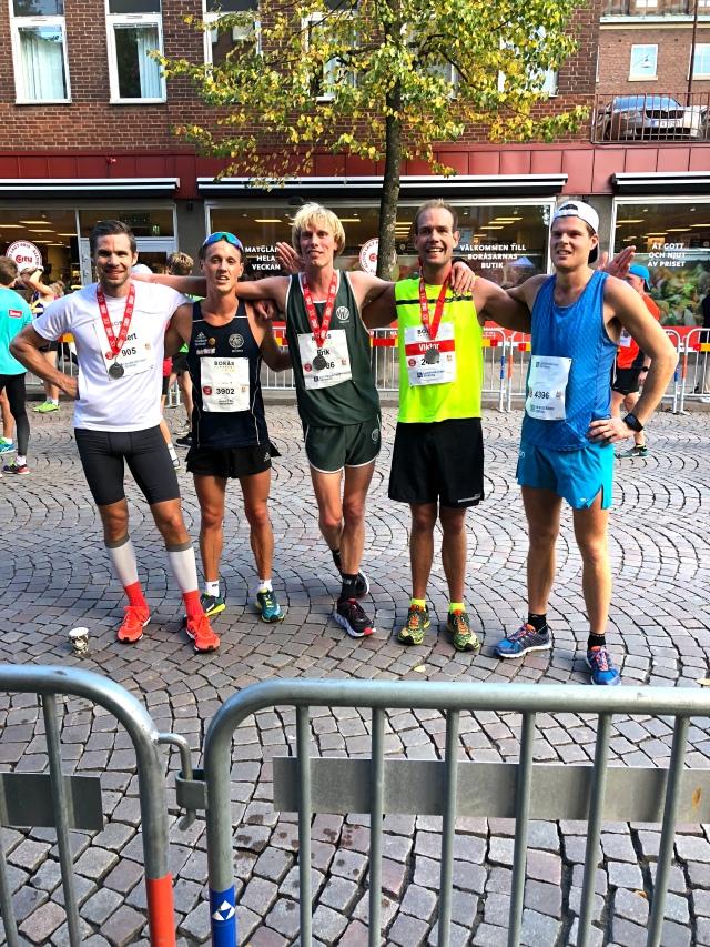 Skidåkare från Borås efter Kretsloppet 2018: Robert Malmgren, Jakob Böhm, Erik Wickström, Magnus Sjöbjer och Simon Grenlöv.