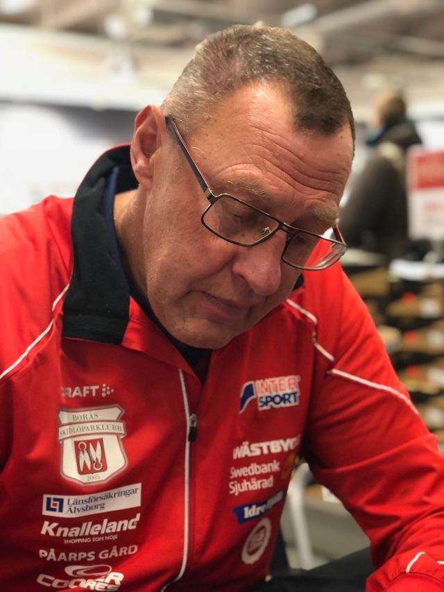 Per Johansson är en av dem som jobbar mest med Borås skidstadion