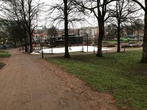 Skidskobanan i stadsparken i Borås. Pluspoäng till Borås stad. Fixa en till Sjömarken också tack.