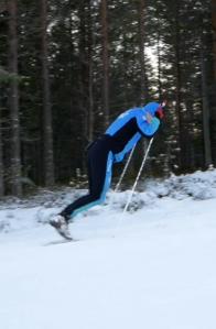 Avstannande stakning. Bra magträning för skidåkare.