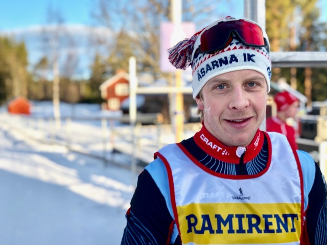 Lars Nelsson har lagt av, men blev för ett par veckor sedan 17:e man i en Sverigecup på 30 km klassisk. Han åkte startbacken för första gången och visste inte riktigt när den slutade.