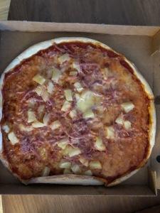 Hawaiipizza som tilltugg som Rickard. Dock ej dubbel.Hawaiipizza som tilltugg som Rickard. Dock ej dubbel.