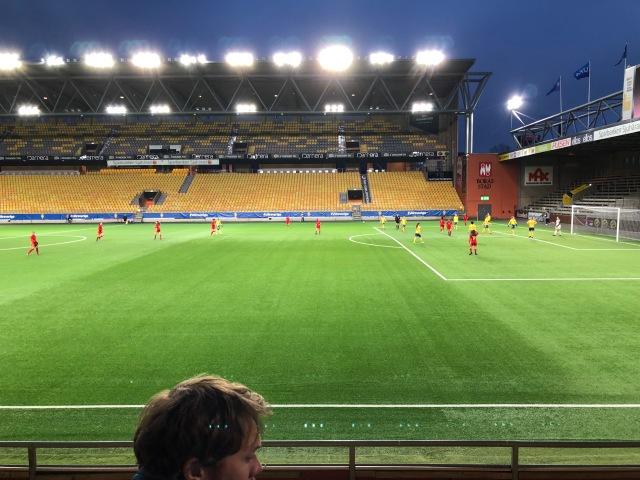 Sverige-Spanien i flickor 17 år på Borås Arena igår