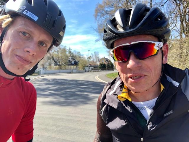 Anders Svahn bor i Vejbystrand. Jag väckte honom kl 08.00 på påskaftons morgon och frågade om en cykeltur kl 09.30. Han tackade ja!