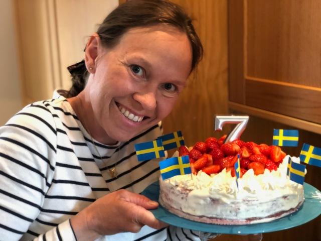 Fyra kalas var det i helgen, varav vi höll i två av dem. Så här såg Astrids 7-års-tårta ut som Ida gjorde. 22 maj fyller hon år.