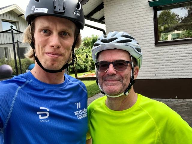 Teknikträning på rullskidor med Per Eklund från Jönköping, som också är adept i Wickström Coaching