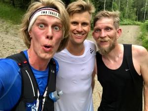 Linus Wirén och Peder Hallberg. Jag med Salomon S/LAB SENSE ULTRA 8 SET