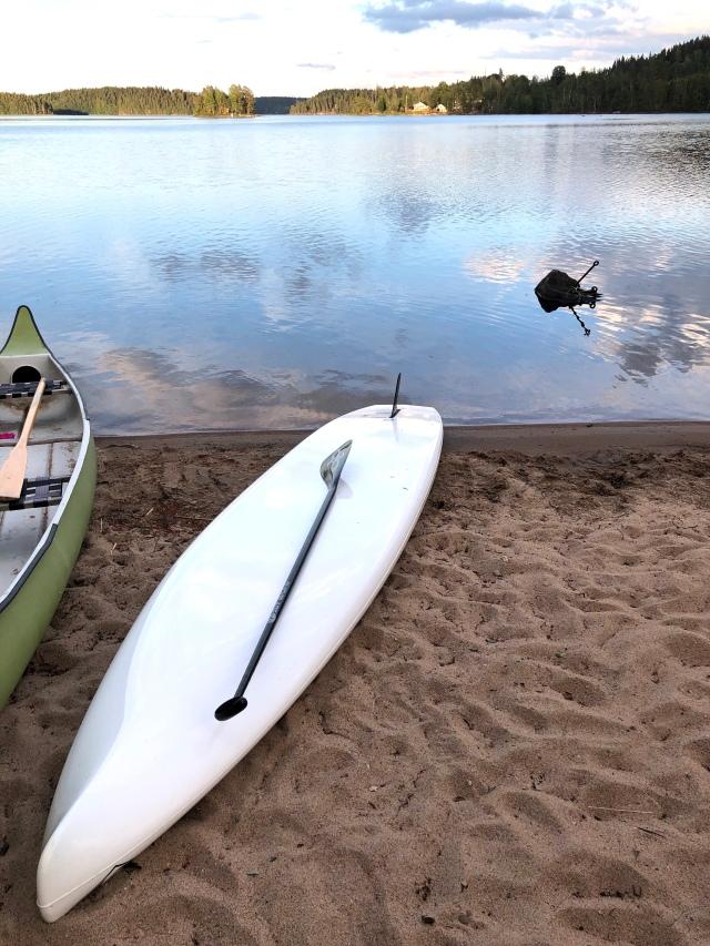 Ett träningspass på SUPen har det blivit i år. Drygt 20 min stående paddling i Såken i Aplared med snittfart 7,5 km/h.