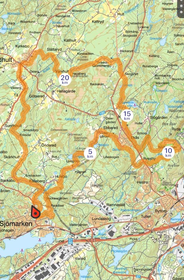 Löprunda på tre mil i Borås som passerar fem klubbstugor.