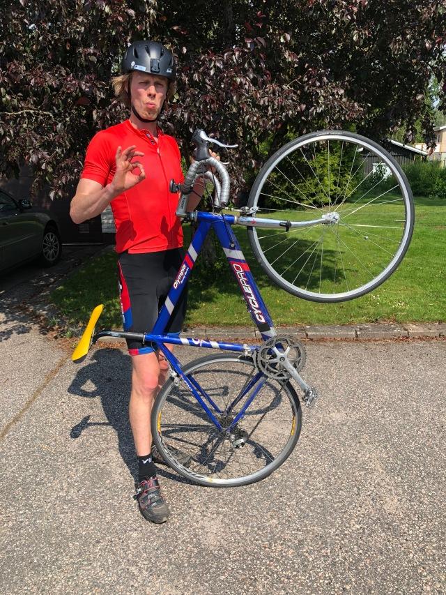 Cycle Pro-cykel köpt på Blocket i Alingsås 2001. Jag sålde den en gång till min kompis Fredrik Swahn, men ångrade mig och köpte tillbaka den.