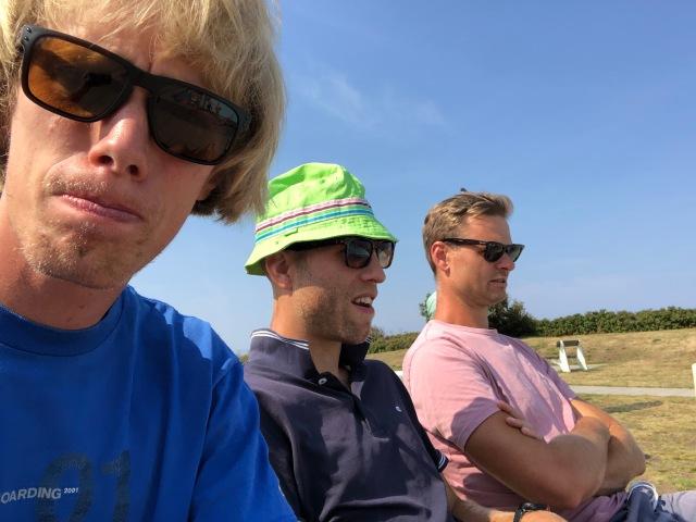 Magnus Bengtsson och Mikael Svensson vid Vejbybadet