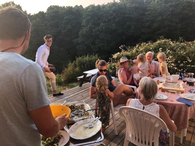 Middag hos mor med familjen Malmgren och Bergengren