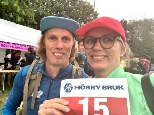 Ellen Lindell är min syster och numera hängiven löpare. Hon persade på milen förra året som 39-åring.