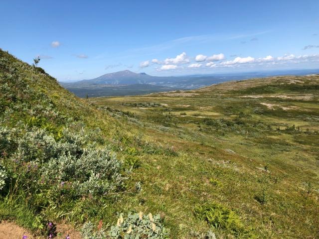 Här ser man backarna i Åre och Åreskutan