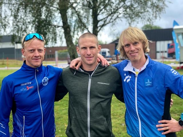 Tommy Bylund (2:a), Fredrik Ousbäck (1:a) och jag (3:a). Pallen i H21 i Höstrullen 2019.
