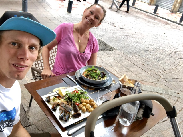 Många goda luncher och middagar. Här i Perpignan.