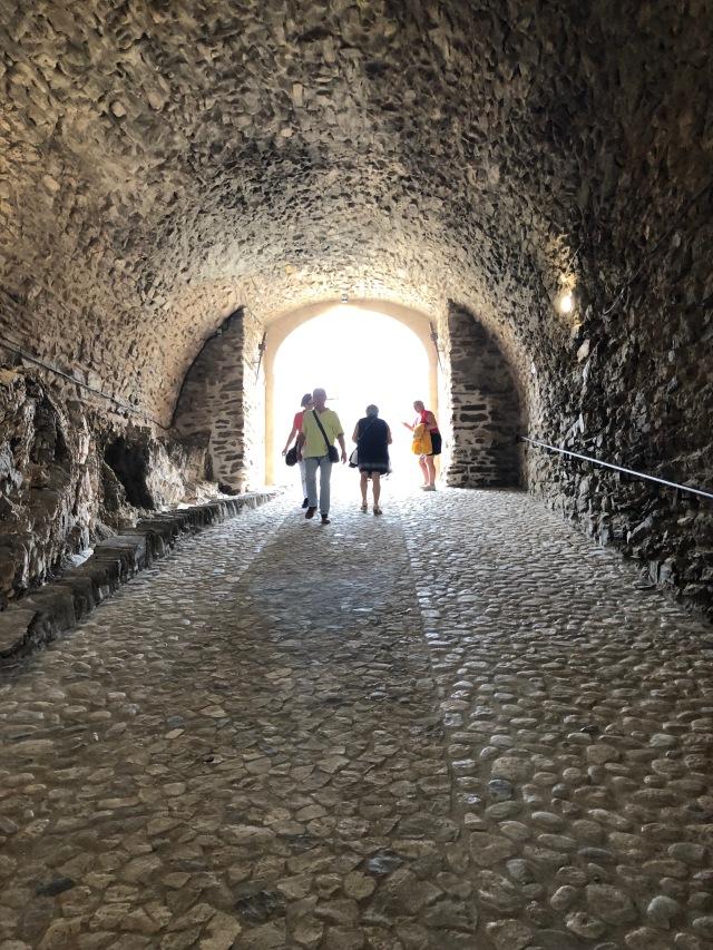 En tunnel i ett slott i Collioure