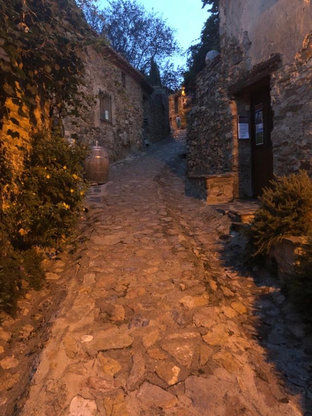Medeltida slott i Castelnou utanför Thuir