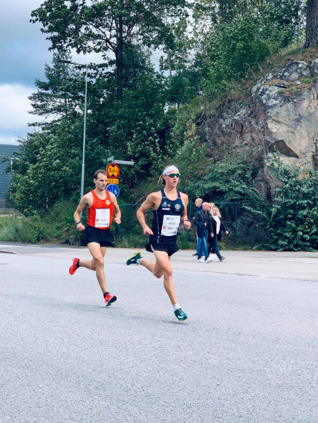 Jakob Böhm sprang typ hela Kretsloppet med Petter Svensson.
