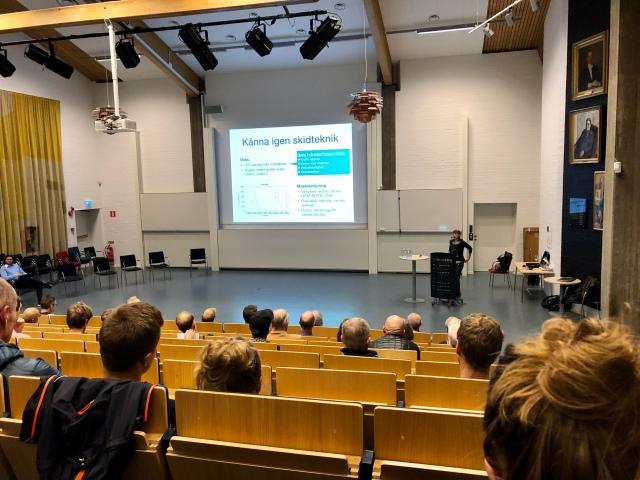 Mån 14 okt var det den årliga skidkvällen på Chalmers, med bland andra Mikael Mattsson och Mattias Reck som föreläsare. Temat av AI. Mycket givande och intressant.