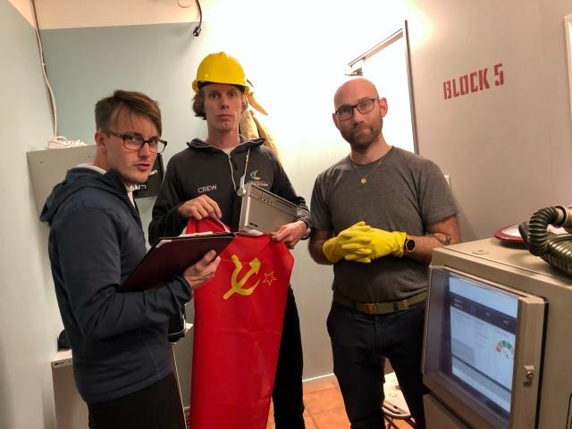 Erik Thiberg, jag och Tobias Magnusson testade District Zeros andra escape room, Chernobyl. 46 min blev det. Martin Josefsson satt fast på jobbet. Ny chans när nästa rum öppnar.