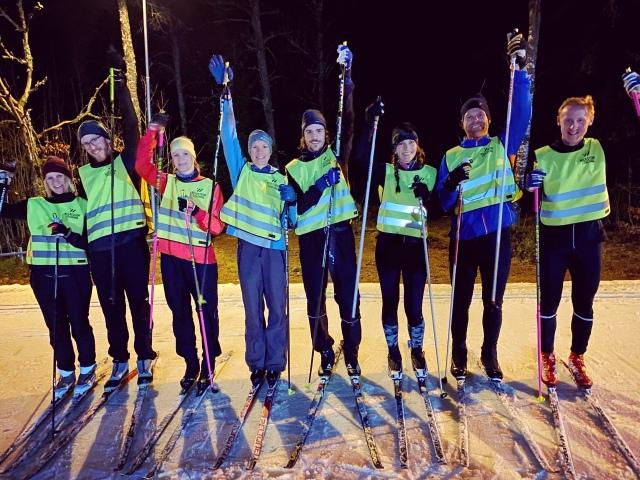 Borås skidskola. Skidkurs i Borås. Instruktion skidlektion Borås skidstadion.