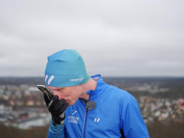 Näsan är perfekt för en smartphone när man har handskar på sig