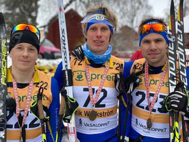 Hestra IFs trio som startade i elitledet. Henrik Litzell (blev 210:a), jag och Robert Malmgren (141:a).