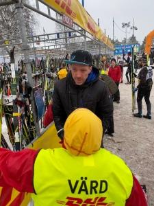 Wickström Coaching-adepten Nisse Höglund förbättrade sig från 2315:e till 1130:e i Vasaloppet. Och tappade bort taggen till skidutlämmingen.