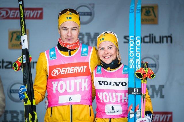 Team Ramuddens Max Novak och Ida Dahl vann ungdomscuperna i Visma Ski Classics. Foto: Magnus Östh.