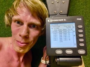 5 st 1000 m-intervaller SkiErg med 3.30 min i snitt. 1 min vila. Motstånd 8.