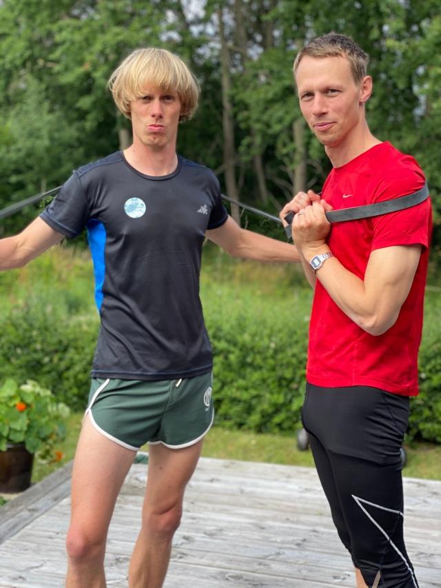 Martin Josefsson och jag efter avslutat styrkepass med stora och små